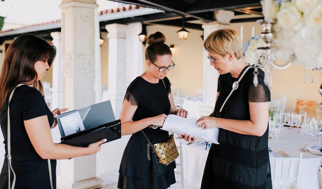 11 stvari koje organizator radi na dan vjenčanja